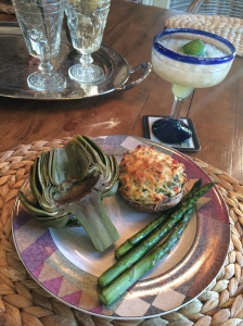 delicious vegetarian dinner of stuffed portabello mushroom, artichoke & roasted asparagus! with a fresh, low-cal margarita on the side! recipe to come ;)
